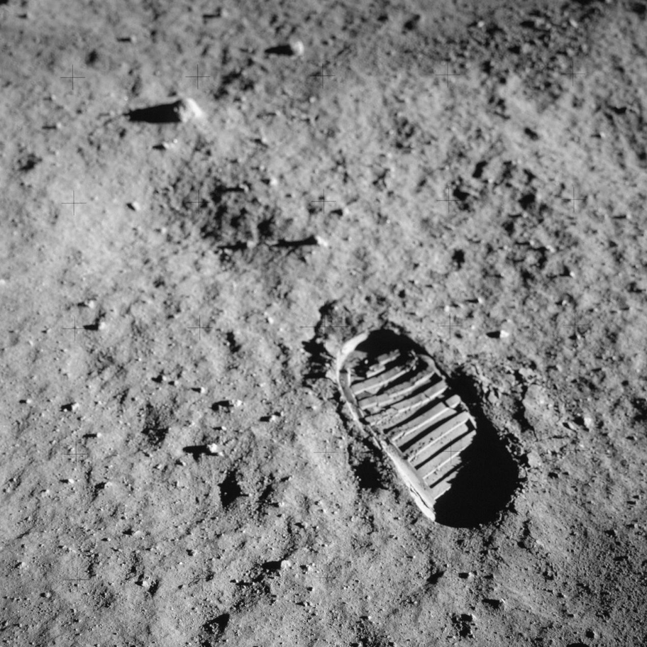 Neil Armstrong's footprint in lunar soil © NASA