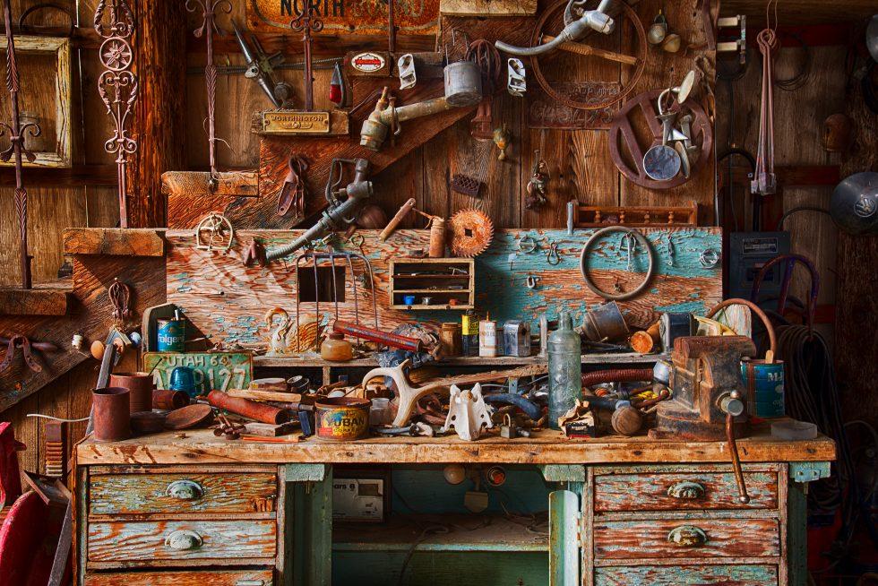 Junk desk