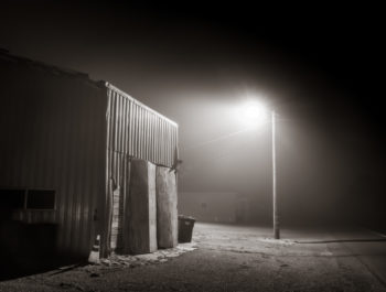 Fog Bound or Toward a Vanishing Horizon