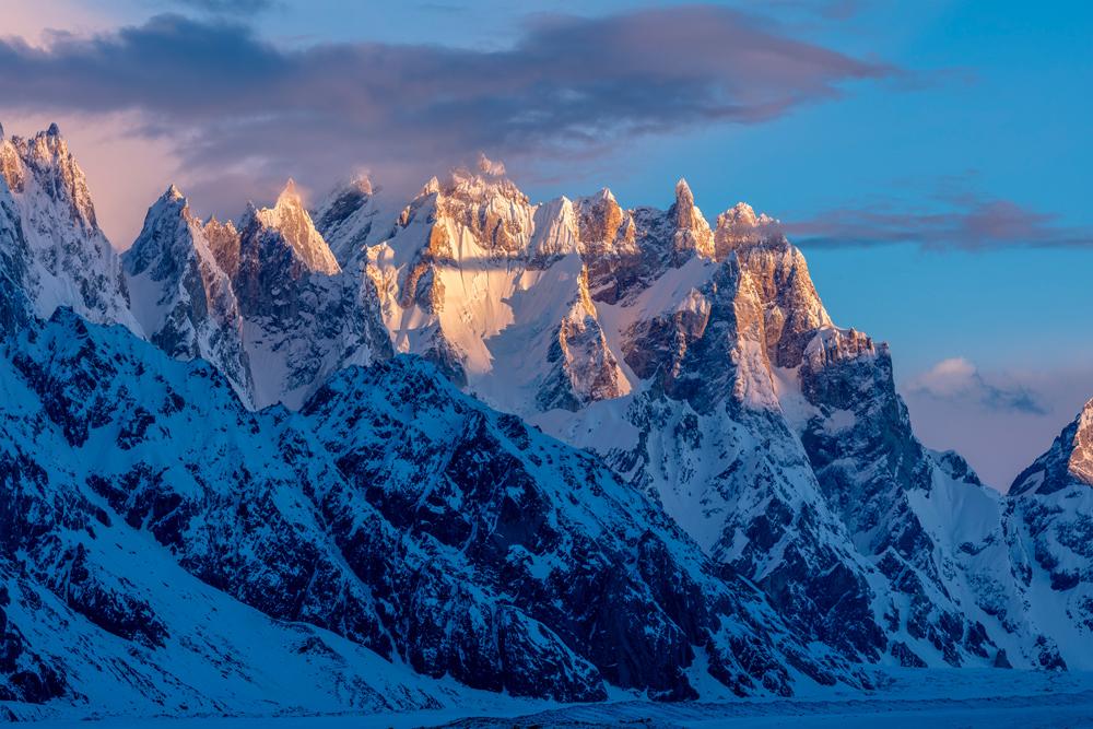 Ghur (5796 m) and Pamshe Peak (6023 m), Biafo Glacier, Panmah Muztagh, Karakoram Mountains, Pakistan.
