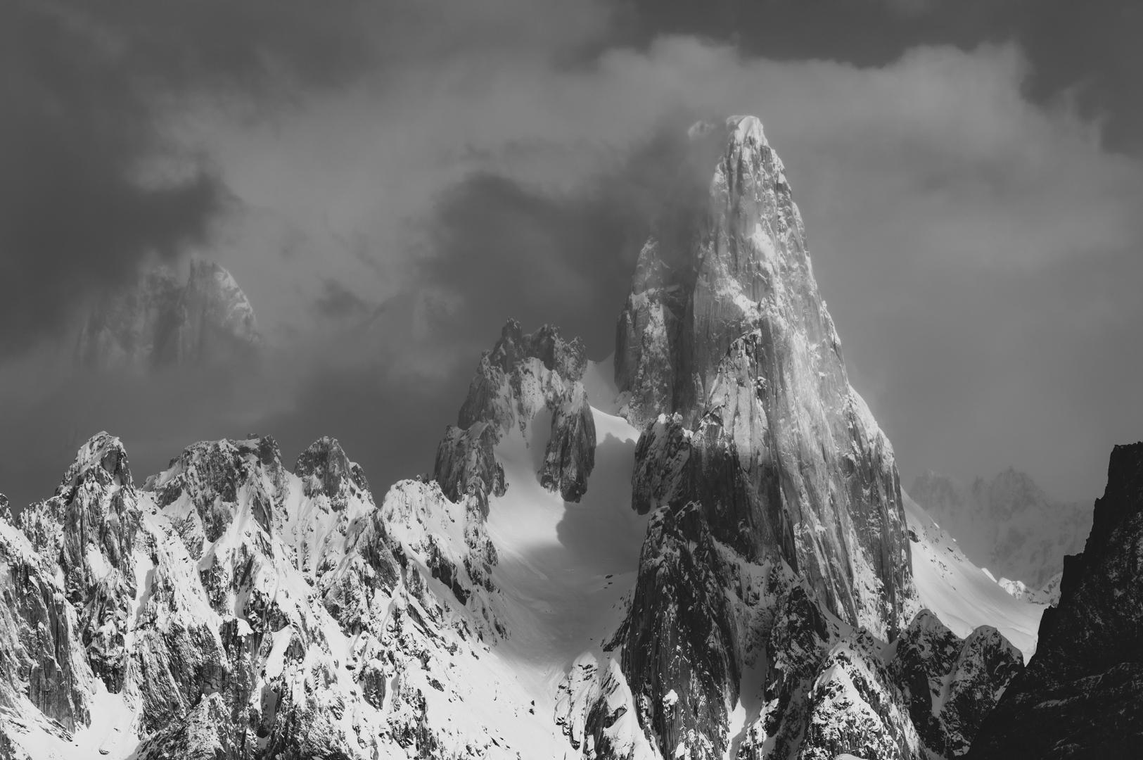 Uli Biaho Tower (6109 m), Baltoro Muztagh, Karakoram Mountains, Pakistan