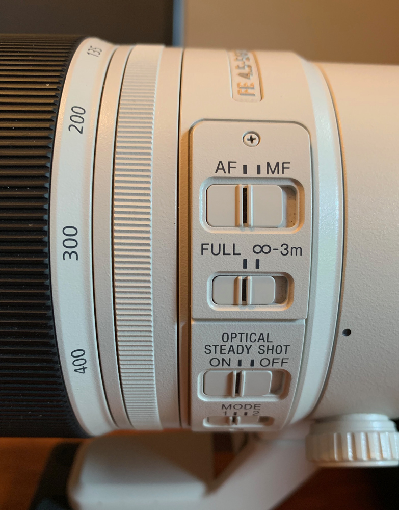 Four switches on the lens