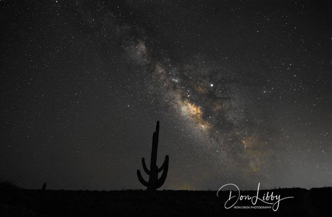 Milkyway-Over-Saguaro