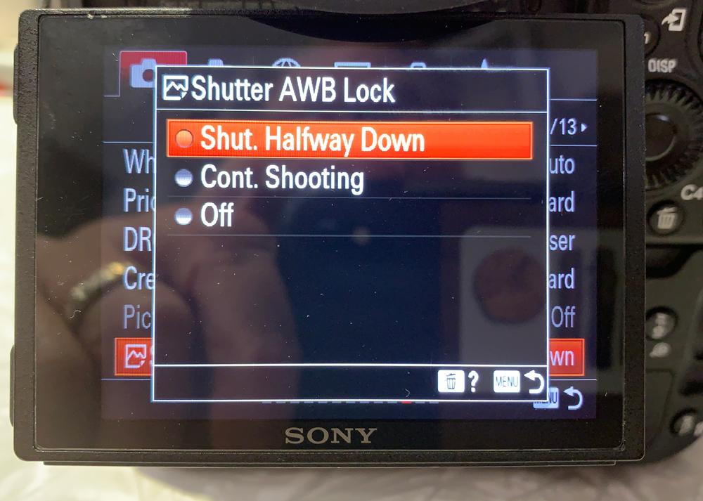 Setting for locking AWB