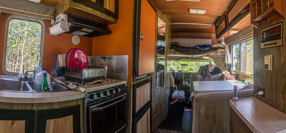 The Minnie Winnie interior. Carl slept in the overhead bunk. I slept on the sofa (not pictured behind the camera).