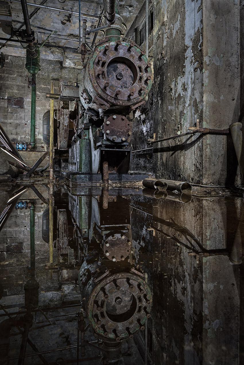 Pump Mirror