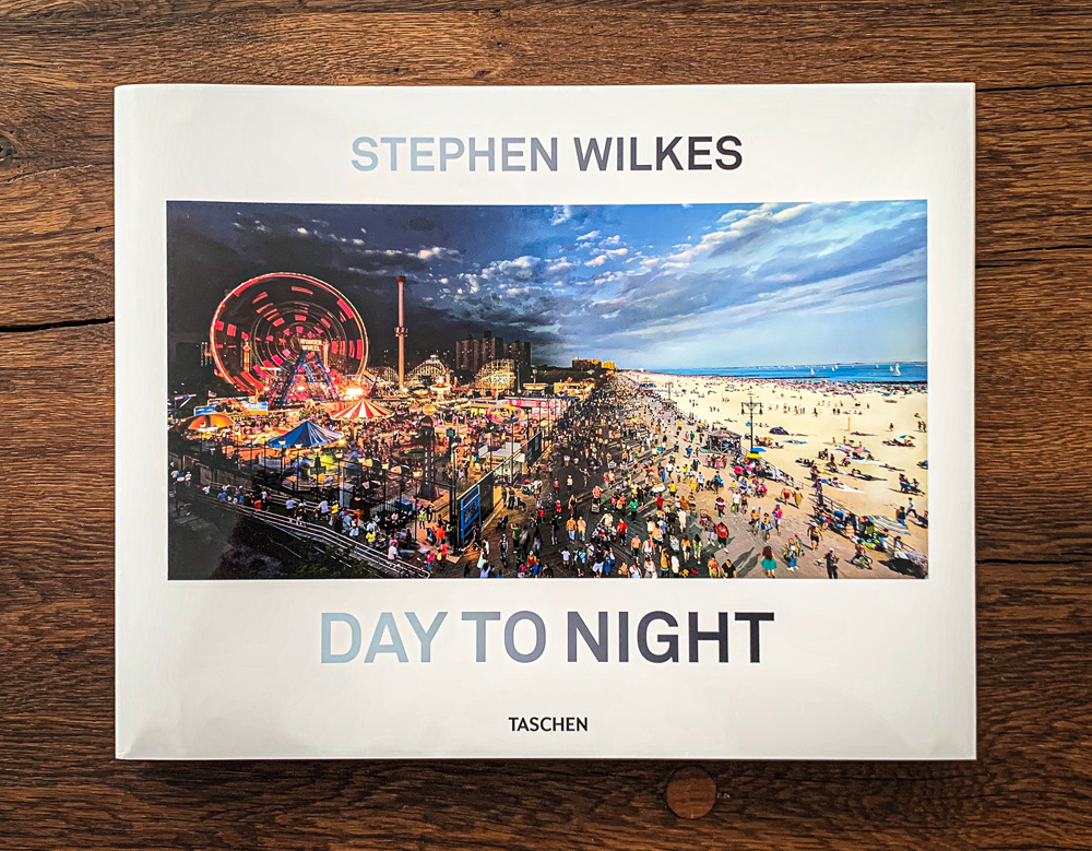Day to Night (Multilingual Edition) by Stephen WilkesPublished by TASCHEN, August 2019